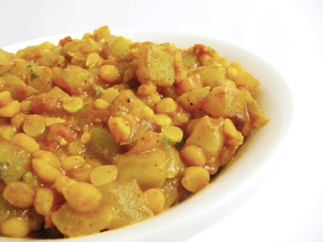 Bottle Gourd with Split Bengal Gram Curry/ Chana Dal Lauki